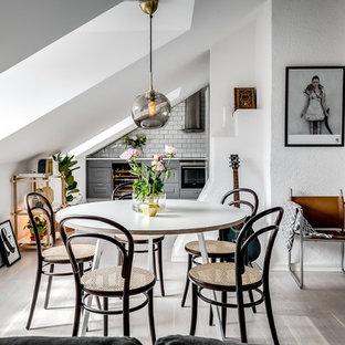 Idéer för mellanstora nordiska matplatser, med vita väggar