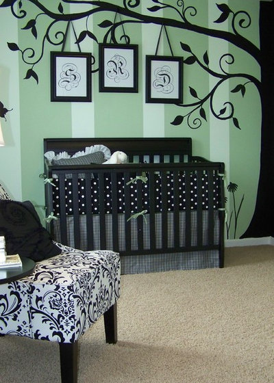 Traditional Nursery by Anita Roll Murals