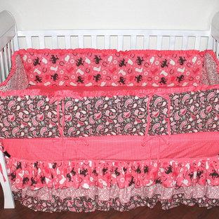 Immagine di una cameretta per neonati american style