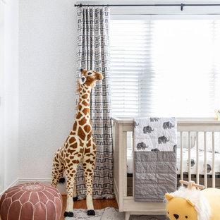 Inspiration pour une chambre de bébé craftsman.