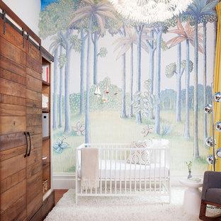 Modelo de habitación de bebé neutra actual con suelo blanco