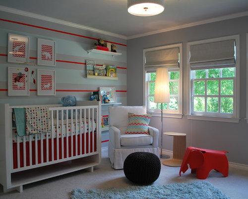 Mittelgroßes, Neutrales Modernes Babyzimmer Mit Bunten Wänden Und  Teppichboden In Atlanta