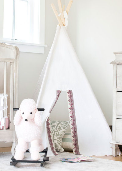 Scandinavian Nursery by Blackband Design
