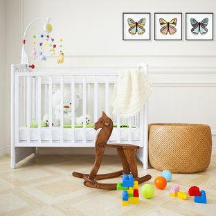 Diseño de habitación de bebé minimalista pequeña