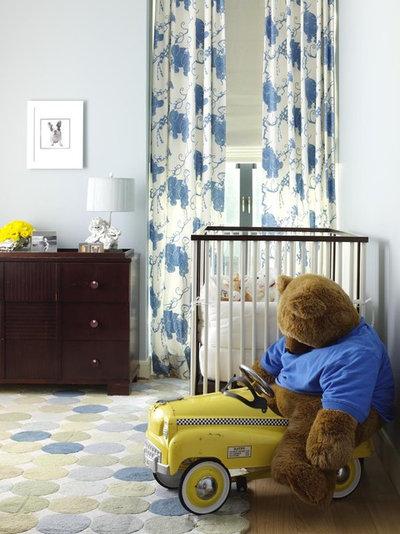 Классический Комната для малыша by Tara Seawright Interior Design