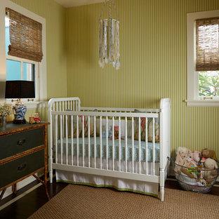 Idee per una cameretta per neonati mediterranea