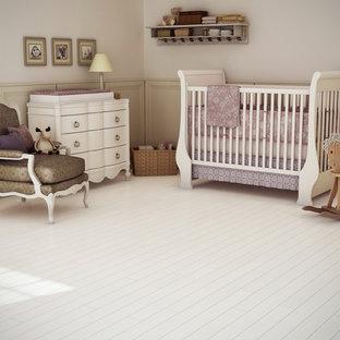 Cette photo montre une chambre de bébé victorienne.