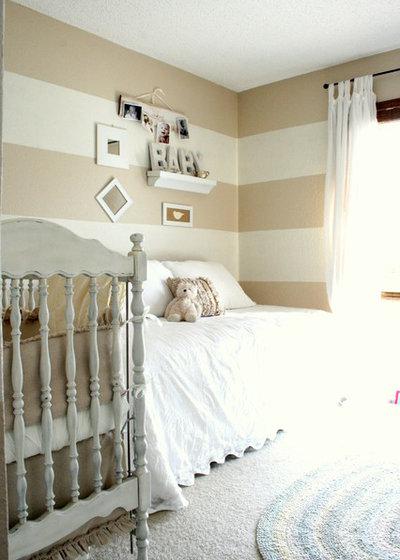Классический Комната для малыша by The Virginia House
