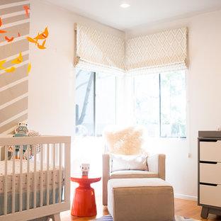 Chambre de bébé avec un mur blanc Orange County : Photos ...
