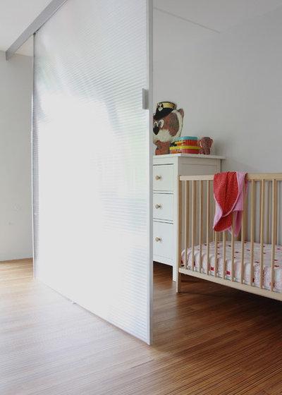 Современный Комната для малыша by Holly Marder