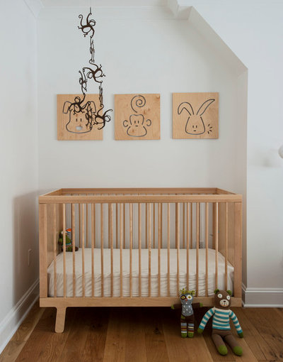 Nyklassisk Babyrum by indi interiors