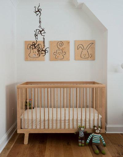 Nyklassisk Babyrum by indi interiors