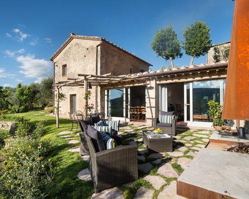 Foto e idee per patii e portici patio o portico in campagna for Esterno di case di campagna francesi