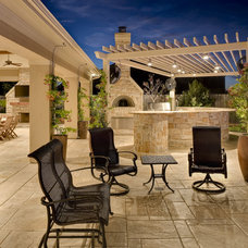 Traditional Patio by Frankel Building Group