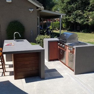 Inspiration for a modern patio remodel in Sacramento
