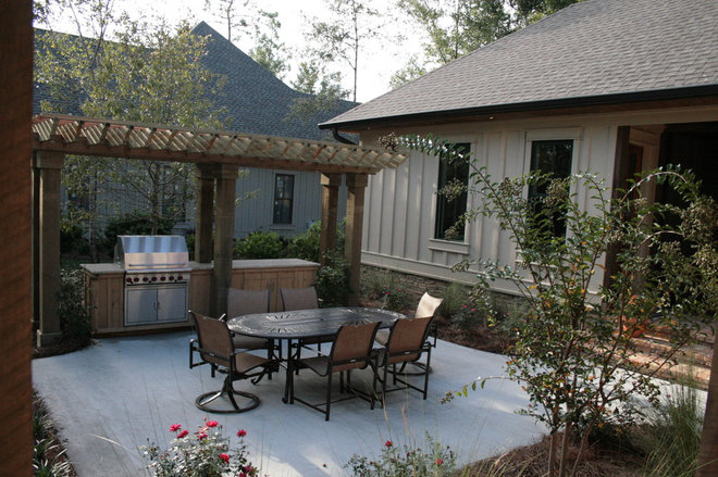 Traditional Patio by Chatham Home Planning