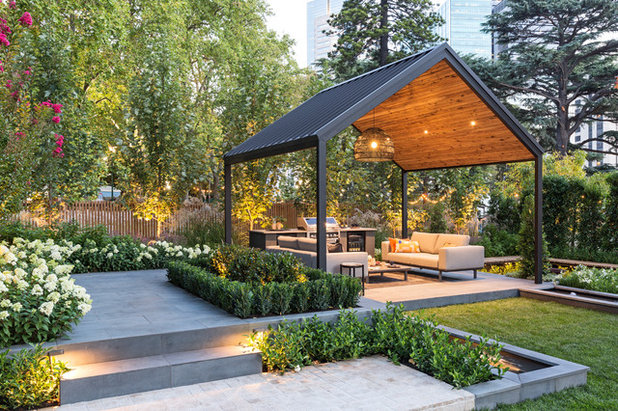 Contemporary Patio by Waddell Landscapes