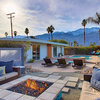 Houzz Tour: Color Returns to a Palm Springs Home With a View