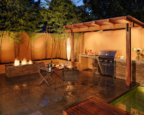 Outdoor garden bbq area houzz for Salone simple dicoration saint paul