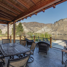 Traditional Patio by Travis Knoop Photography