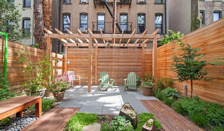 Patio of the Week: Wood, Stone and Cor-Ten Revive a Brooklyn Yard