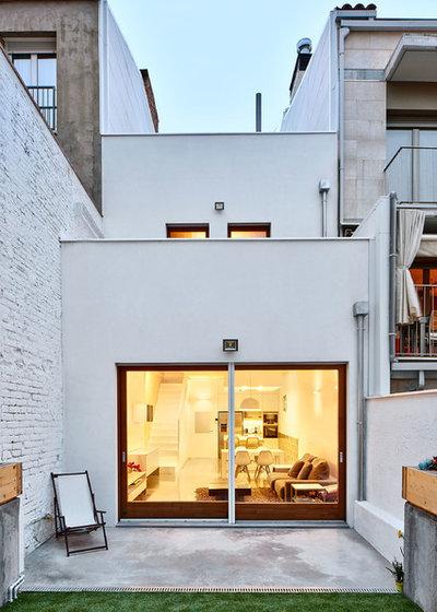 Contemporáneo Patio by Vallribera Arquitectes