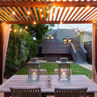 Example Of A Minimalist Gravel Patio Design In San Francisco