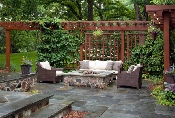 Traditional Patio by Rolling Landscapes Inc.