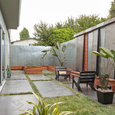 Contemporary Patio by baranstudio : architecture