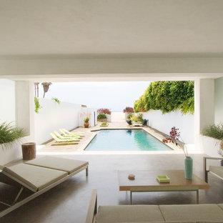 Imagen de patio moderno en anexo de casas