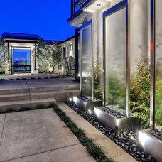 Modern Patio by Cantoni Irvine
