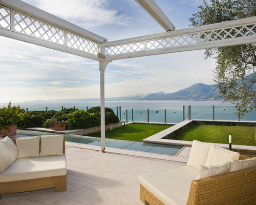 photos et id es d co de terrasses avant avec une pergola. Black Bedroom Furniture Sets. Home Design Ideas