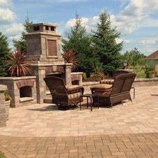 Traditional Fire Pits by Springhetti Custom Outdoor Living