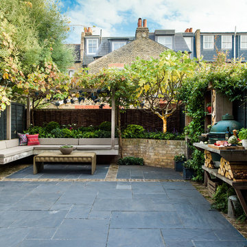 A London garden for relaxing and entertaining