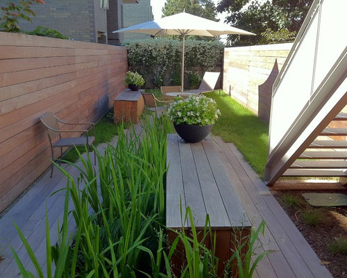 Narrow Garden Home Design Ideas, Renovations & Photos