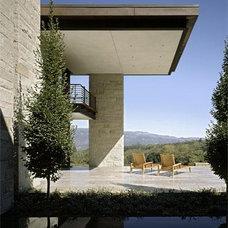 Modern Patio by Aidlin Darling Design, LLP