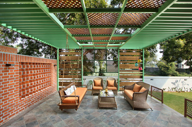 American Traditional Patio by Dipen Gada and Associates