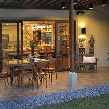 Asian Patio by Design HQ (Design Hirayama + Quesada)
