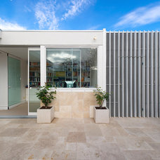 Contemporary Patio by Statkus Architecture Pty Ltd