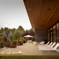 Modern Patio by Vega Architecture