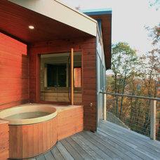 Modern Patio by Siegman Associates, Inc.