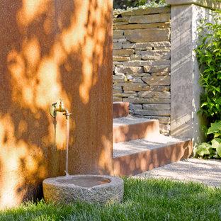 Foto di un patio o portico minimal dietro casa con nessuna copertura e graniglia di granito