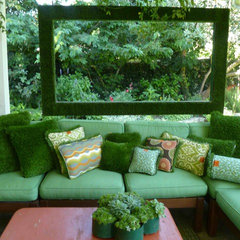 eclectic patio by Alicia Blas Macdonald