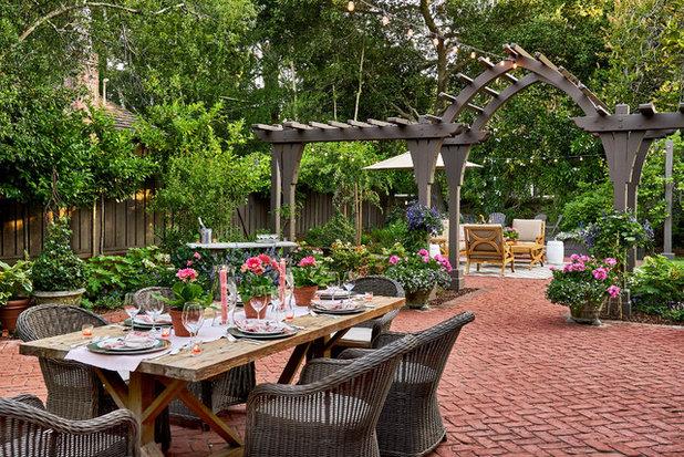Traditional Patio by Casa Smith Designs, LLC