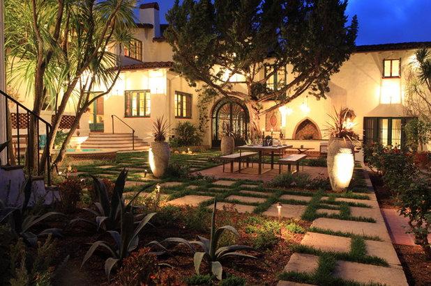 Mediterranean Patio by FormLA Landscaping