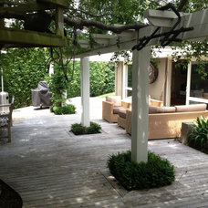 Traditional Patio by Andrew Renn