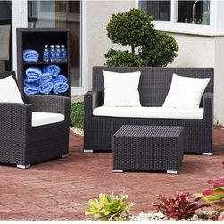 Antiqua Collection Outdoor Sofa - The Antiqua Collection outdoor wicker sofa has matching arm chairs and casual table available.