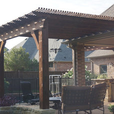 Traditional Patio by DFW Creative Homes & Renovation