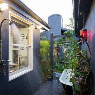 Foto di un patio o portico boho chic in cortile con nessuna copertura