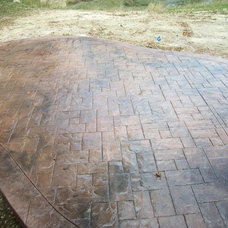 Traditional Patio by Fordson Concrete